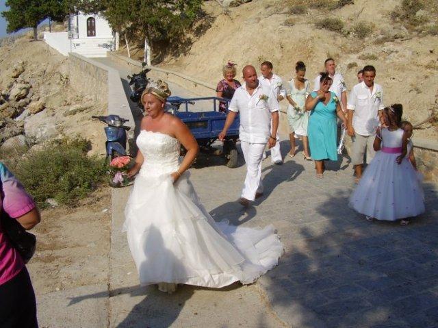 Majka{{_AND_}}Robko - na svadobnej ceste sme videli za jeden deň aj dve svadby:):):)