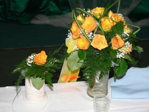 kytička aj s pierkom pre ženícha
