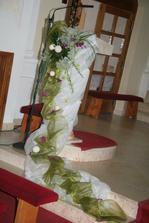 s výzdobou kostela si Kamila opět skvěle poradila