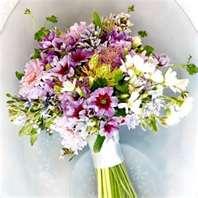 Kvety - kyticka bude taqto strapata.len bielozelena s trosku zltej