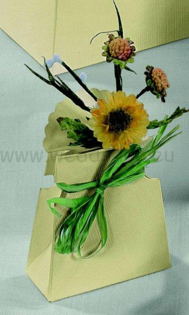 Svadba plna slnecnic_monicka & jojko_28.6.2008 - krabicka na darcek