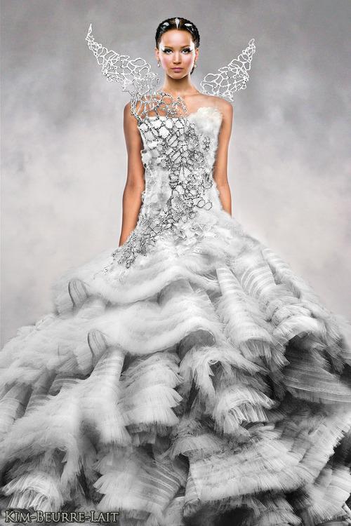 Hunger Games- Wedding - Šaty navrhol indonézsky návrhár Tex Saverio