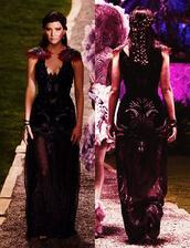 Katniss- šaty z predsvadobného večierka u prezidenta (pohľad spredu a zozadu)
