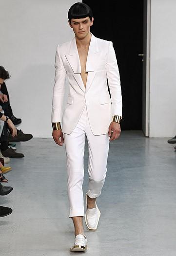 Hunger Games- Wedding - Čo hovoríte na takýto svadobný oblek? :)