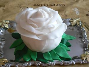 Růžička k svátku