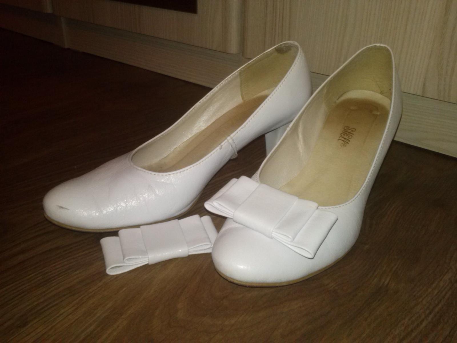Biele topánky - 39 - - Obrázok č. 1