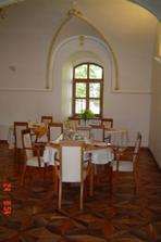 Kaštiel-reštaurácia
