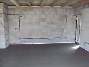 garáž vyspádovaná