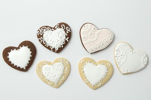 ♥A&K♥ - Perníčky pre hostí - malý darček s našimi iniciálkami a dátumom svadby :)