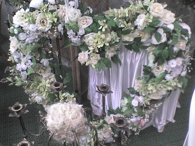 Naša svadba - nase srdce na stenu
