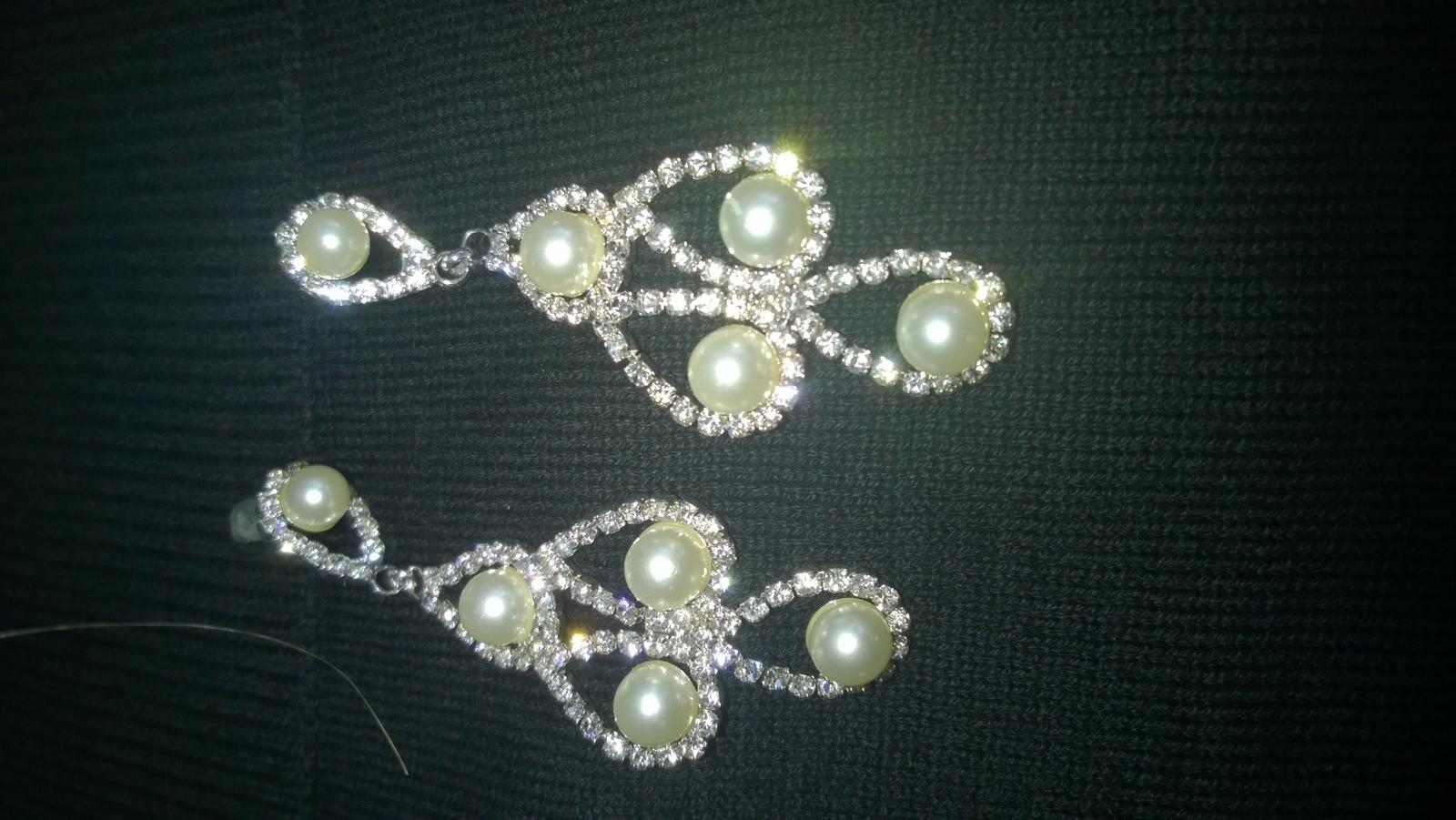 štrasové náušnice s perličkami - Obrázok č. 2