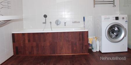 Medzi spoj vane a podlahy pôjde lišta, ktorá bude aj okolo steny