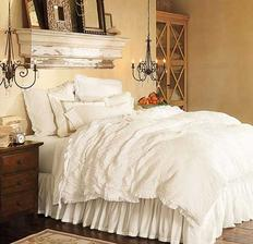 Masívna polica nad posteľ - ale urobená tak, že to bude obyčajná polica a lemovaná bude polystyrénovou lištou ozdobnou