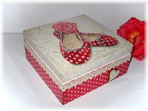 Takéto krabice si urobím na drobnosti do kuchyne na linku