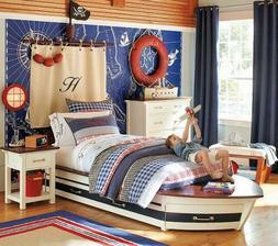 Detská izba bude v námorníckom štýle -takto bude pirátska vlajka na sťažni, ktorý bude ako čelo postele, len bude iný...