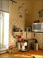 ...alebo takto do rohu urobím kávový raňajkový kútik.