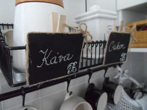 kavovy stolik oznacenie