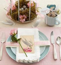 kraaasne stolovanie, takto chcem mat urobeny potom jedalensky stol pocas jari