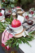 takto jesenna vyzdoba stola, ale bude slovenske jablcko :)