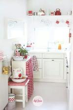 velke zrkadlo biele pojde do kuchyne na jednu stenu