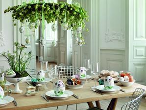 venies nad stolom bude vysiet kazde rocne obdobie iny (jarny s vajickami, letny s razou a vlcim makom, jesenny s listami a vianocny)