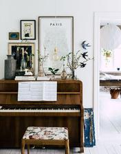taketo nazdobenie klavira