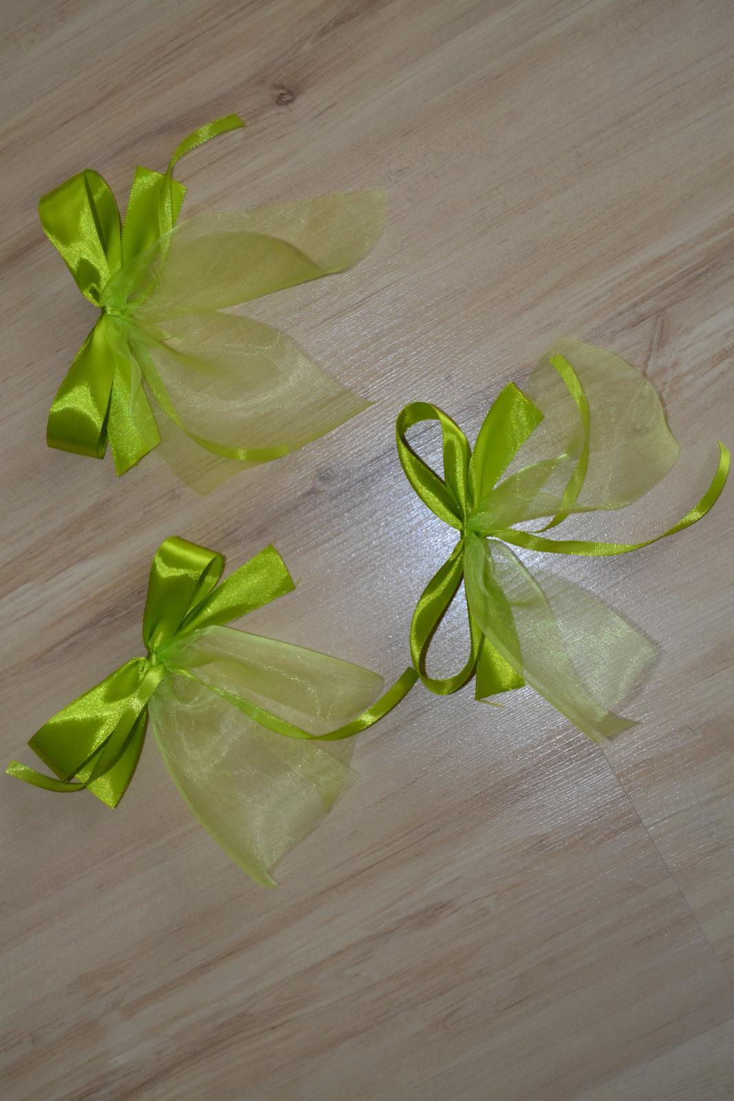 Saténové mašle na svatební výzdobu - zelené - Obrázek č. 1