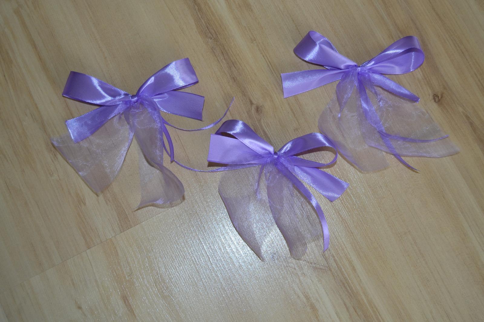 Saténové mašle na svatební výzdobu - lila - Obrázek č. 1