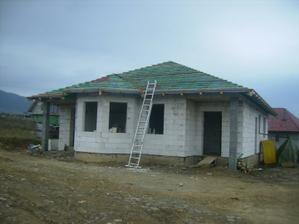 hotova olatovana strecha, uz len skridlu november 2009