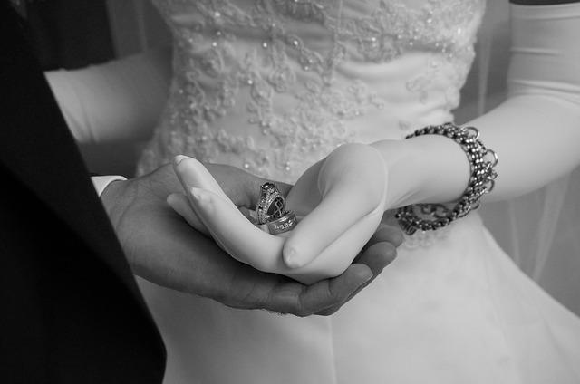 Black&white wedding photos - Obrázok č. 80