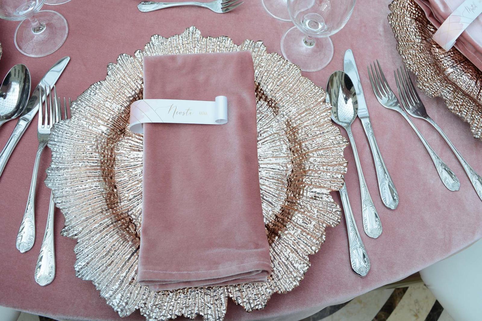 Klubové taniere Rose gold - Obrázok č. 1
