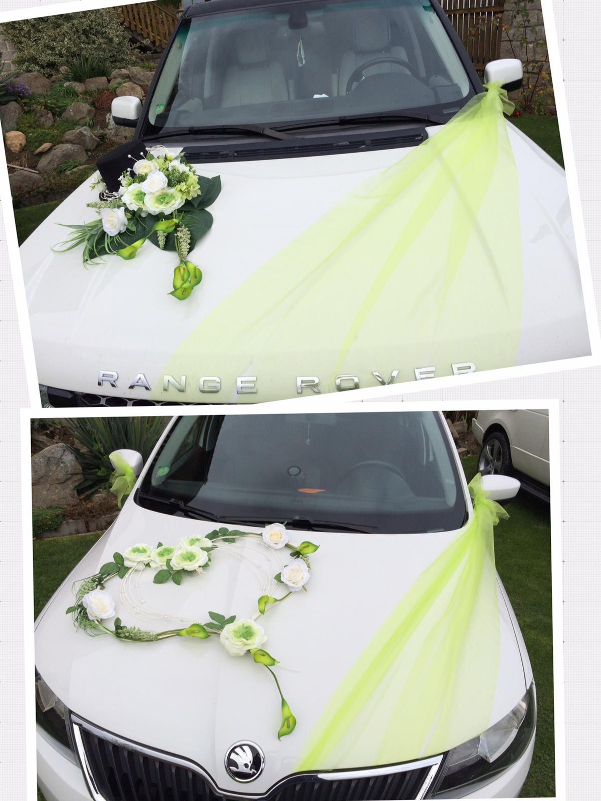 Svatební půjčovna - Dekorace na auto je možné taky zapůjčit.