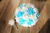 Svatební kytice sv. modrá vč. korsáže,