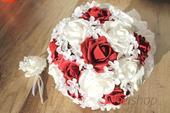 Svatební kytice bordó vč. korsáže,