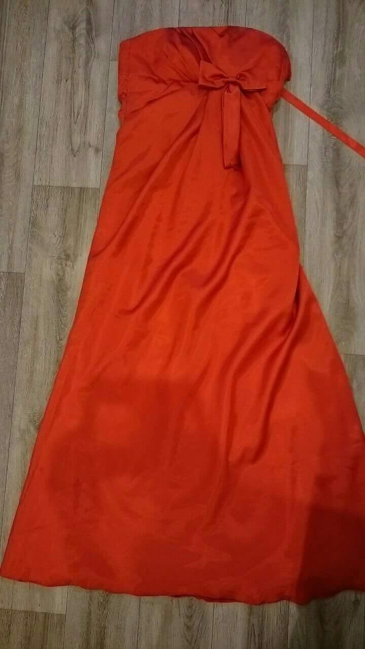 Dlouhé společenské šaty - Obrázek č. 1
