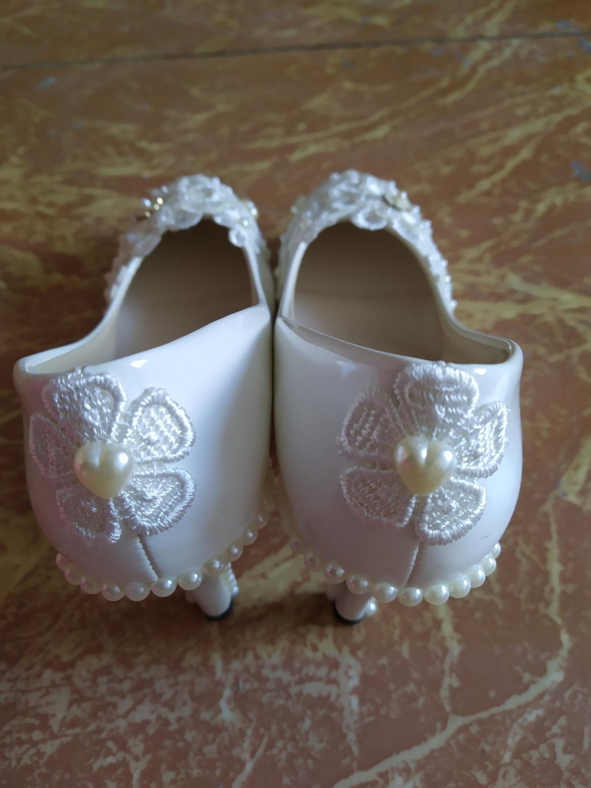 Svadobné topánky - Obrázok č. 2