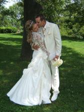 tak tihle dva museli mít pohádkovou svatbu...opravdu nádherné fotky