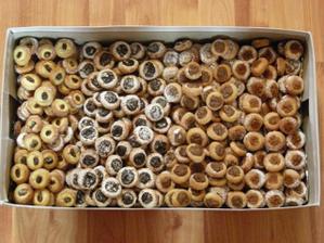 Svatební koláčky- tvaroh, mák, povidla, ořechy :)