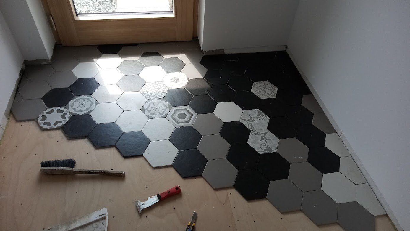 Domček pre moju rodinku :) - hexagon z merkury marketu