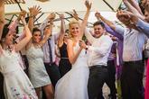 Nádherná a povedená venkovní svatba 26.07.2014 v příjemném prostředí zahrady restaurace Cartellone Pardubice. Světla, zvuk a DJ na svatební párty - djprotvouakci.cz