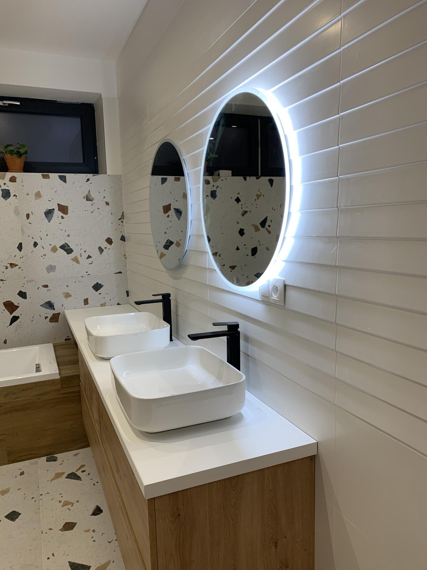 Linear 324 ❤️ - Veľká kúpeľňa takmer hotová.