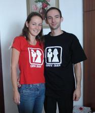 a den po . dostali sme take zlatunke trička :o)