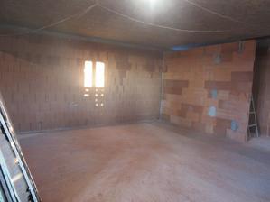 obývačka, pohľad z kuchyne