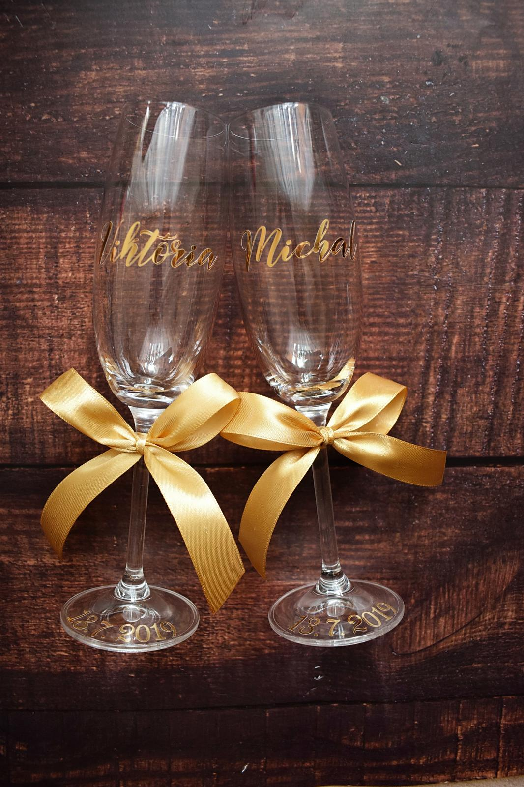 Svadobné poháre - Muž a žena vytvárajú spolu naozaj skutočného človeka.  L. Feuerbach