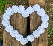 Svadobné srdce na auto biele,