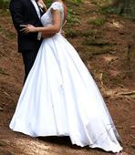 Najkrajšie svadobné šaty, 36