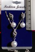 sada s perlami náušnice + náhrdelník,