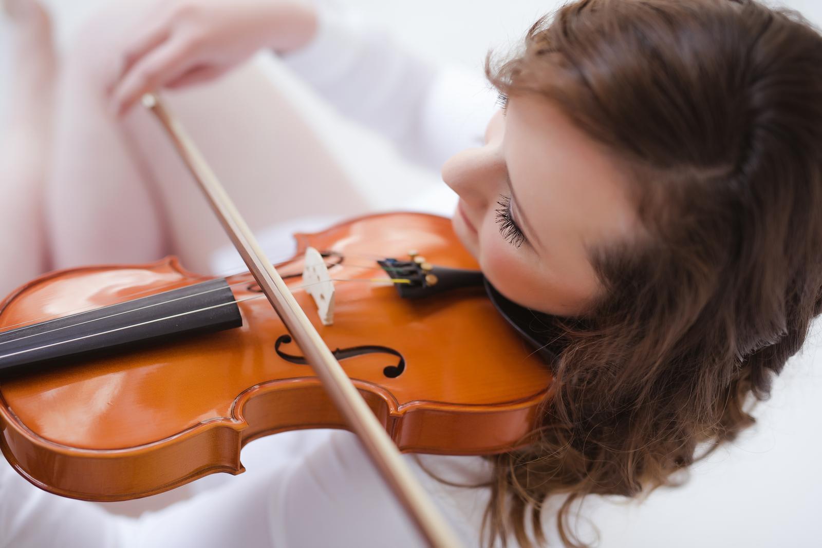 eliskavostra - housle na Váš obřad
