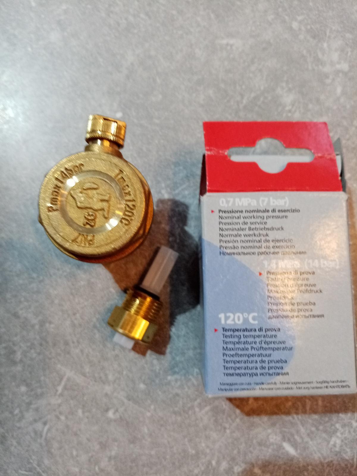 Automatický odvzdušňovací ventil so spätnou klapkou R88I - Obrázok č. 1