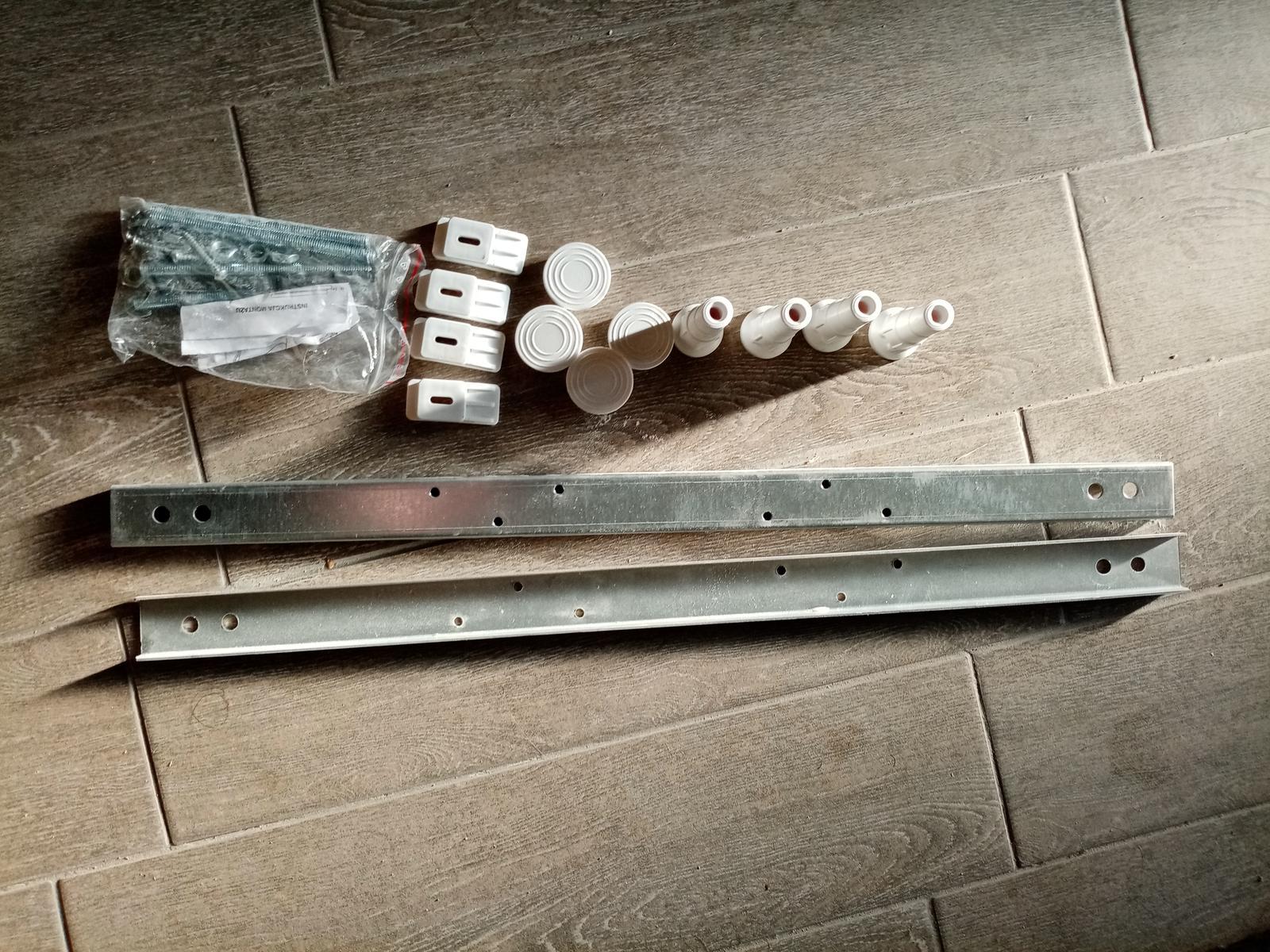 Vaňové nohy pre akrylátovú vaňu - Obrázok č. 1